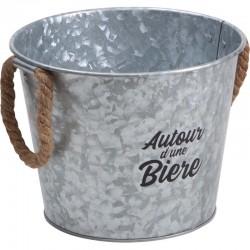 Seau en Métal Autour d'une Bière